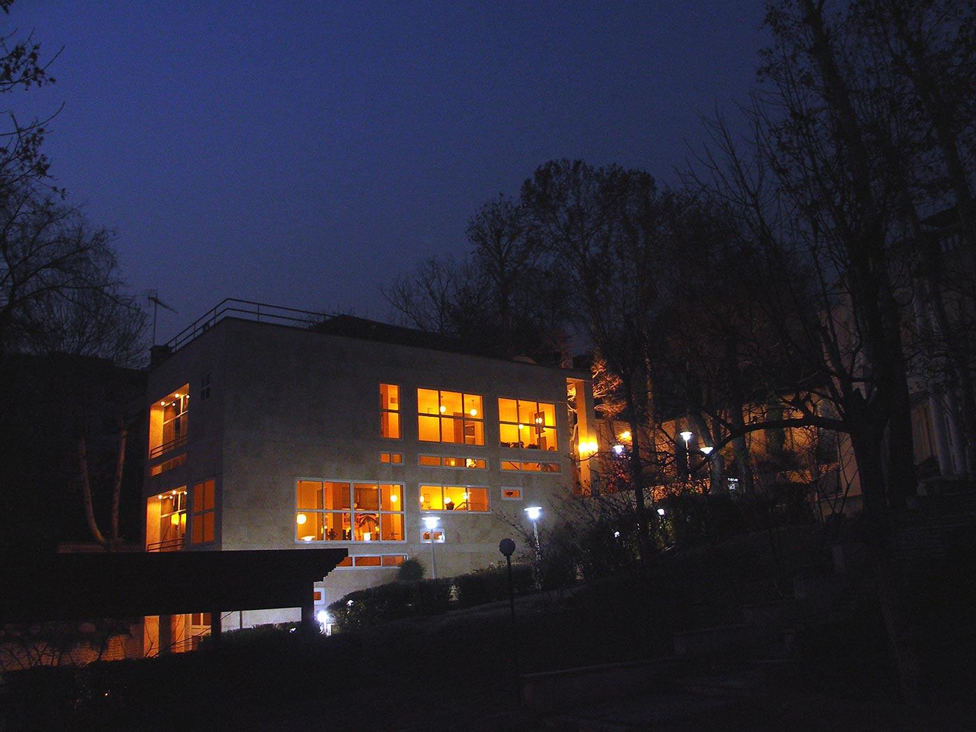 Bakhtiar House